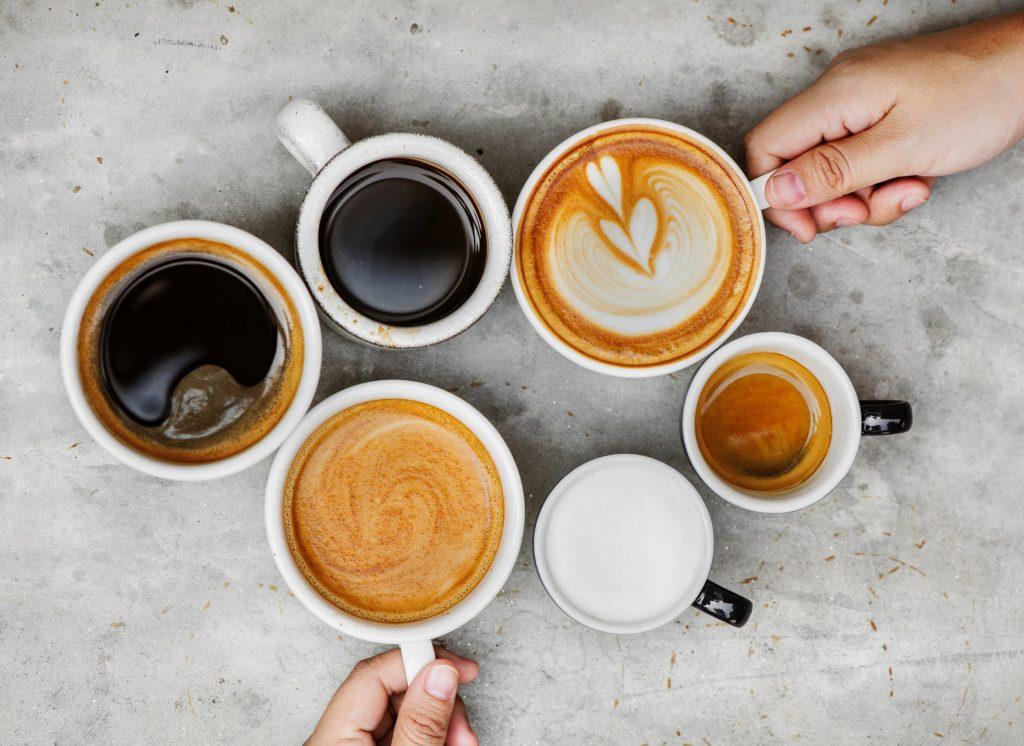 ספלי קפה בכל מיני גדלים